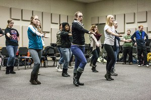 """Students rehearse for next week's """"Lake Effect"""" choir performance. (Anthony Viola/NW)"""
