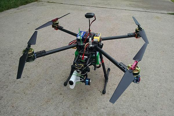 re-quadcopter drone (FEATURES)