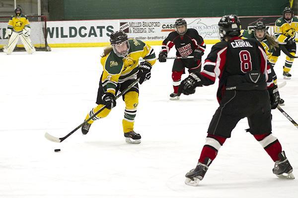 re-Women'sHockey_KM